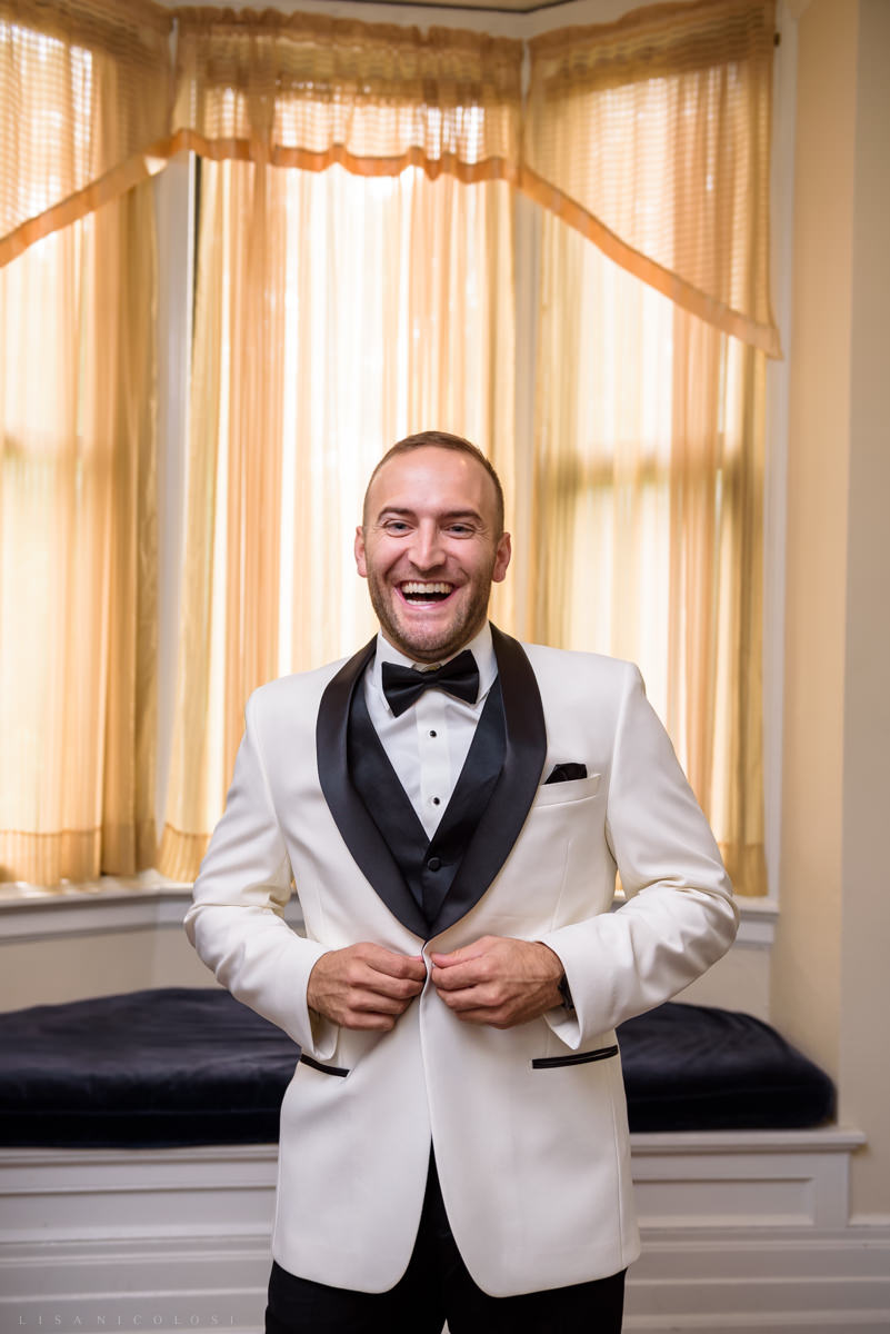 Wedding at Chateau at Coindre Hall - Long Island Wedding Photographers - groom getting ready
