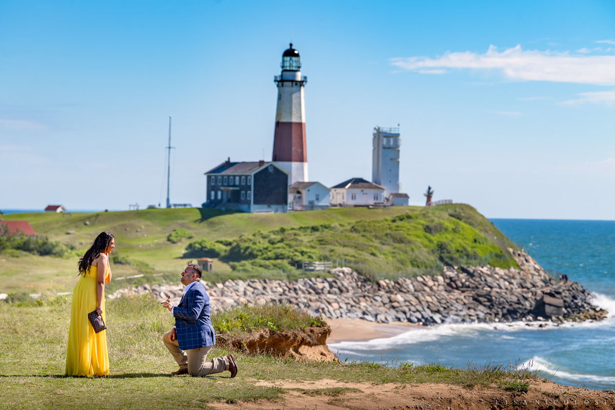 Montauk Lighthouse surprise marriage proposal - engagement photo session